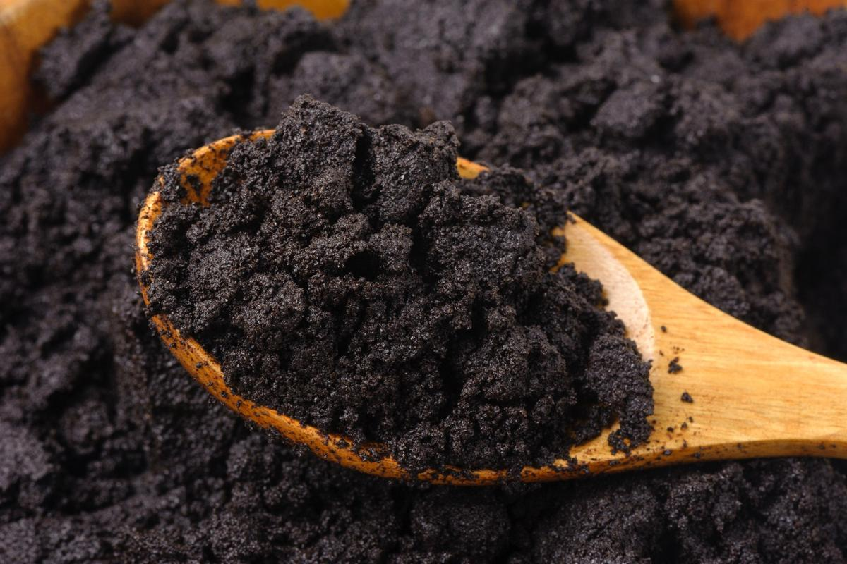 Scientists have developed a simpler new process for converting coffee grounds to biofuel
