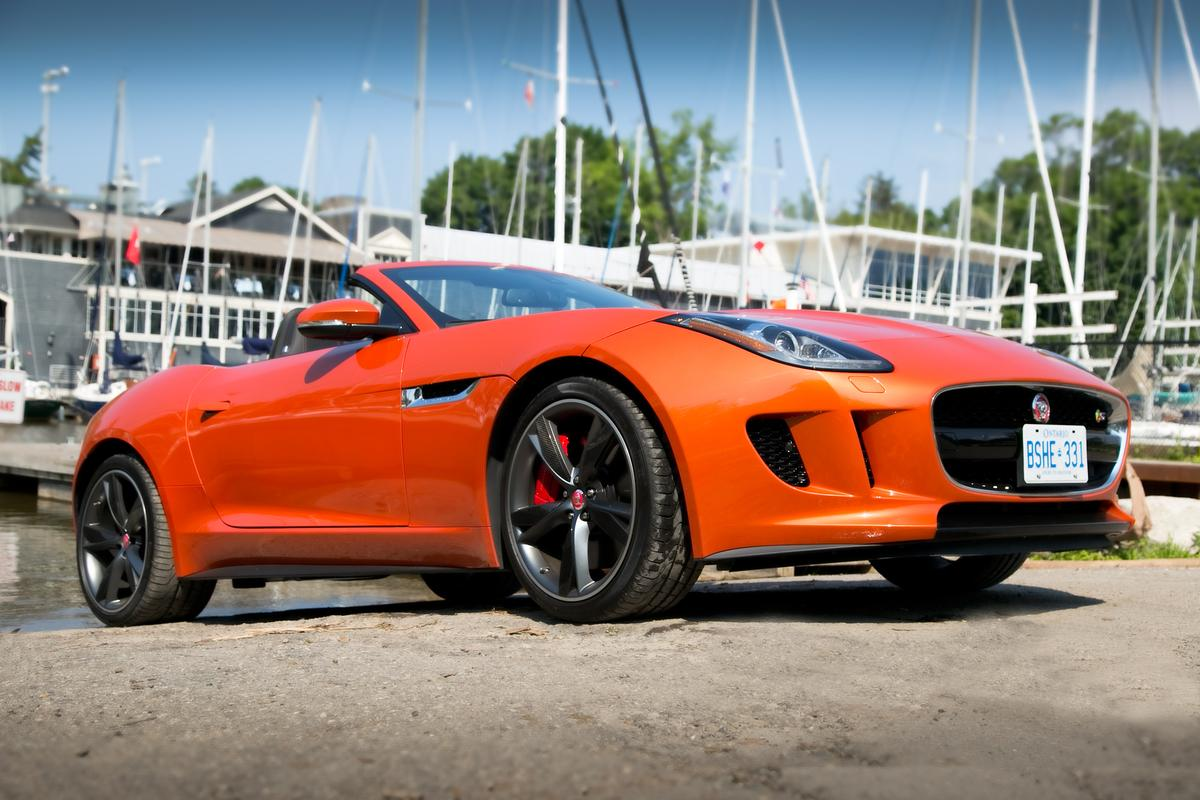 Jaguar's new F-type V8 S roadster doesn't have the E-type's iconic lines, but that doesn't mean it's not sublime in its own right (Photo: Angus MacKenzie/Gizmag.com)