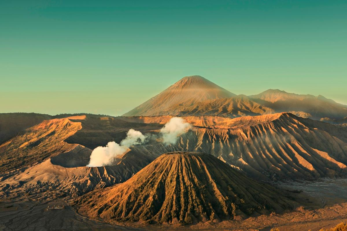 Tropical tectonic activity, such as that occurring inIndonesia today, may have triggered ice ages in the past