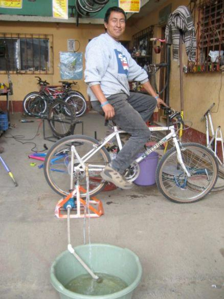 Jon Leary's mobile bicycle-powered pump in action