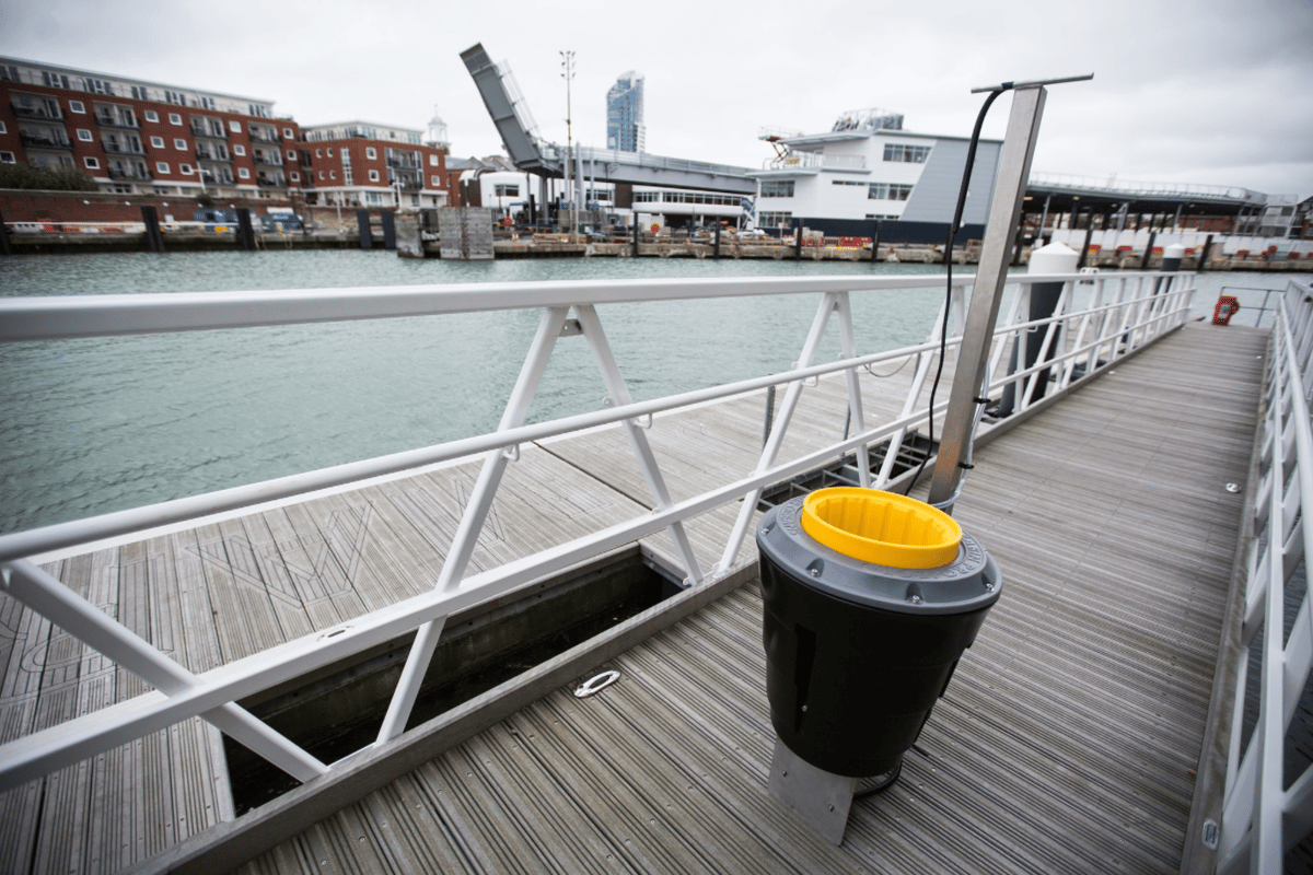 The creators of the Seabin say it can collect around 1.5 kg (3.3 lb) of debris per day, depending on the conditions
