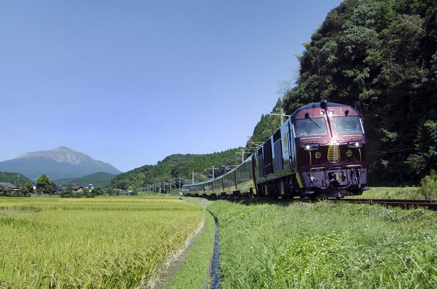 Departing from the port of Fukuoka, the luxury train travels through the northwest of Kyushu and includes a visit to the township of Mt. Aso (the biggest active volcano in Japan)