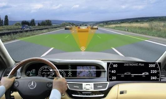 Mercedes DISTRONIC Plus