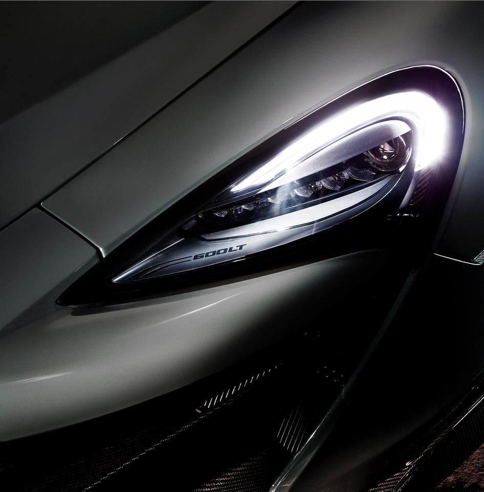 McLaren 600LT: headlights