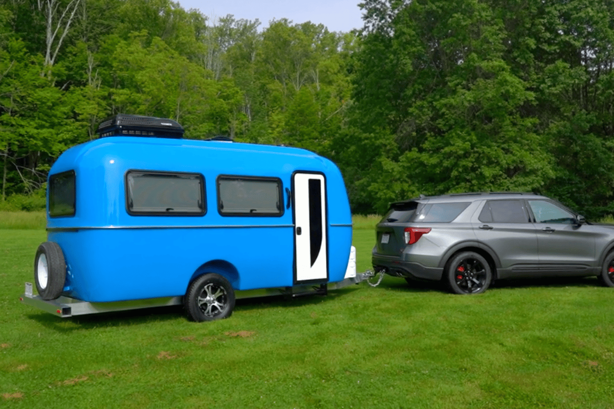 Cortes brings vacuum infusion and shiny aluminized fiberglass to its travel trailer lineup