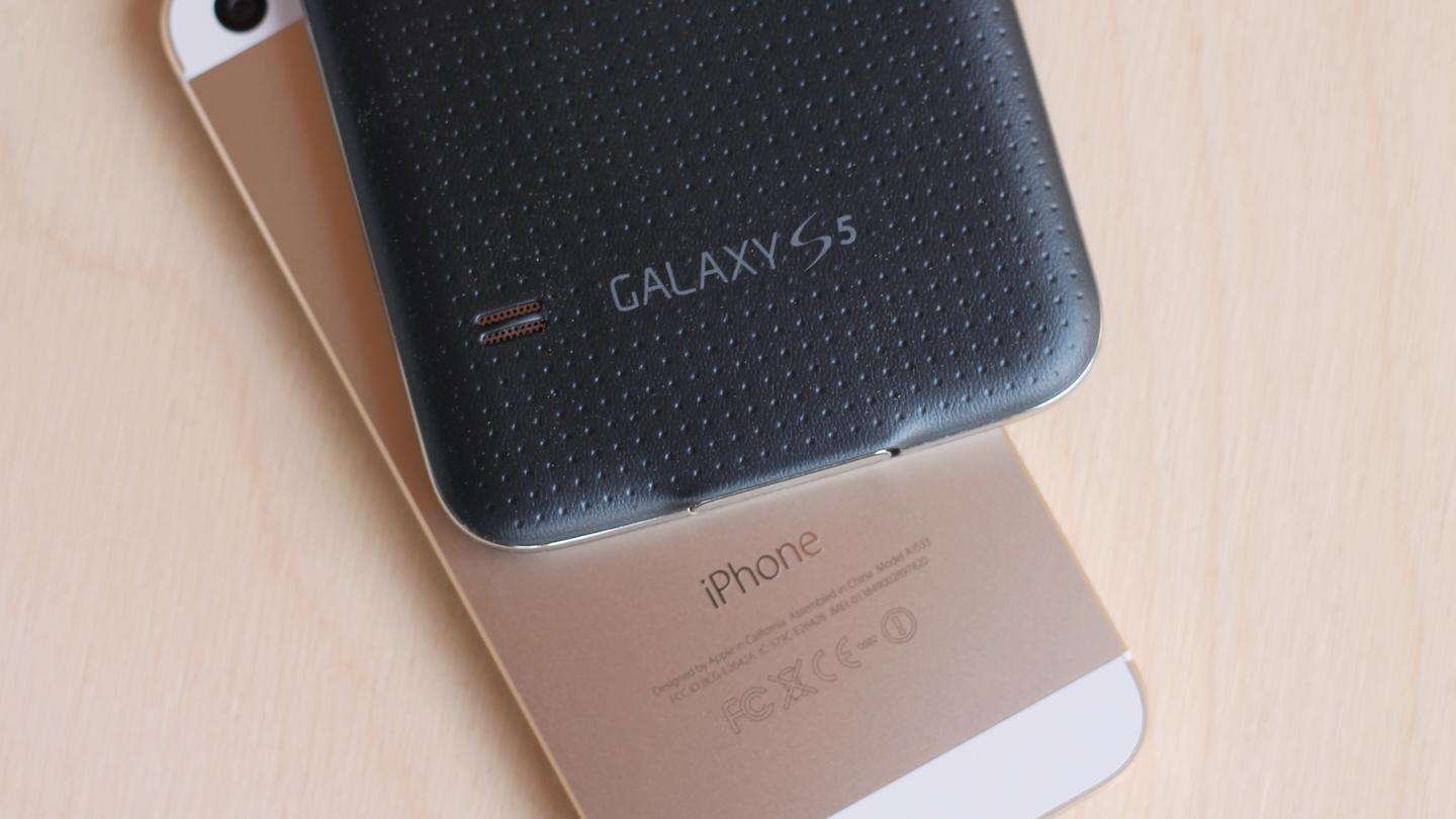 You won't see two more popular smartphones than the Samsung Galaxy S5 and Apple iPhone 5s