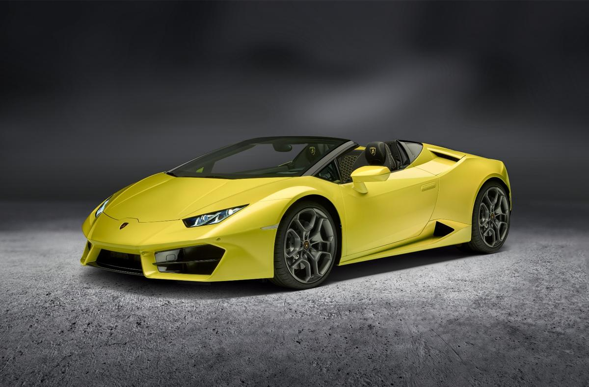 The Huracan LP580-2 Spyder loses the top, but gains even more incredible exhaust noise