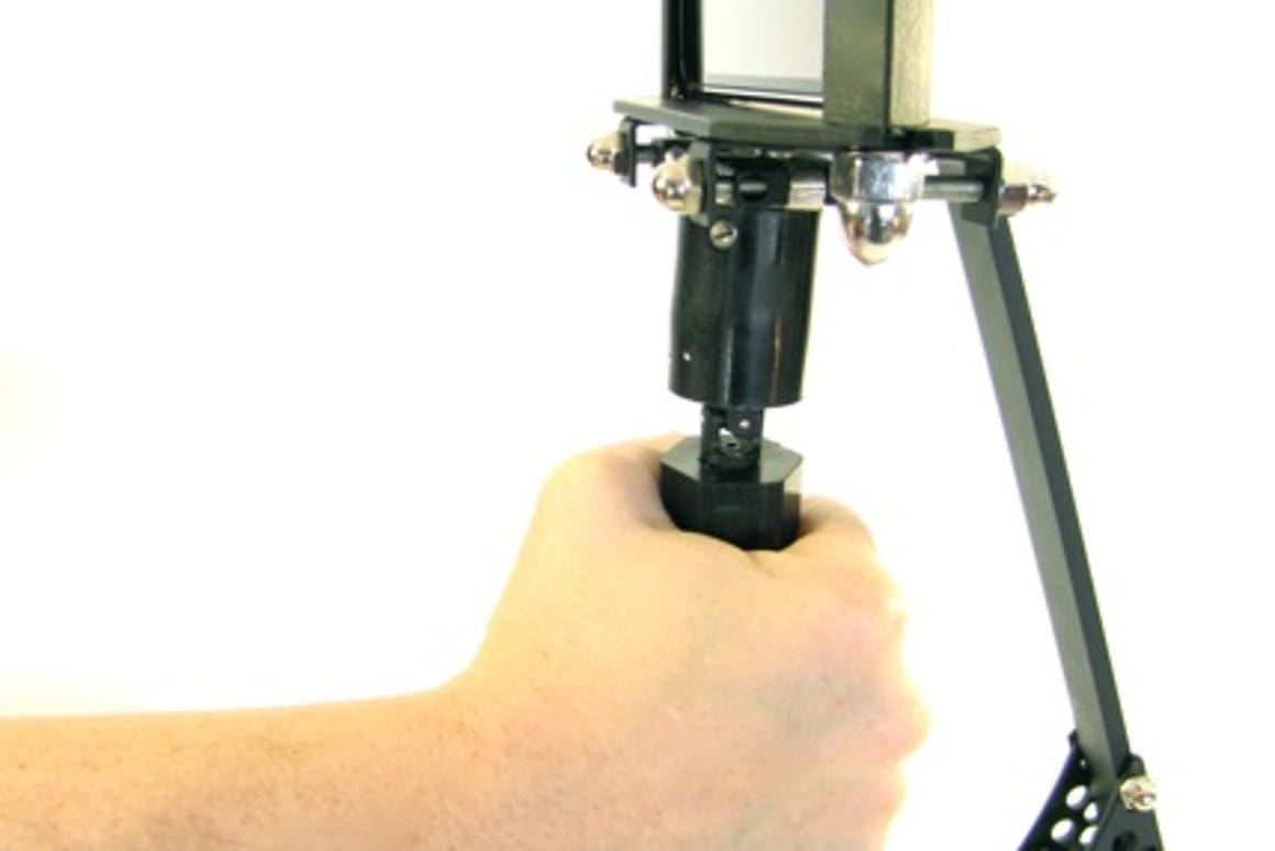"""The iSteady Shot iPhone camera stabilizer gives you the control of a Hollywood-style """"steady-cam"""" for US$100"""