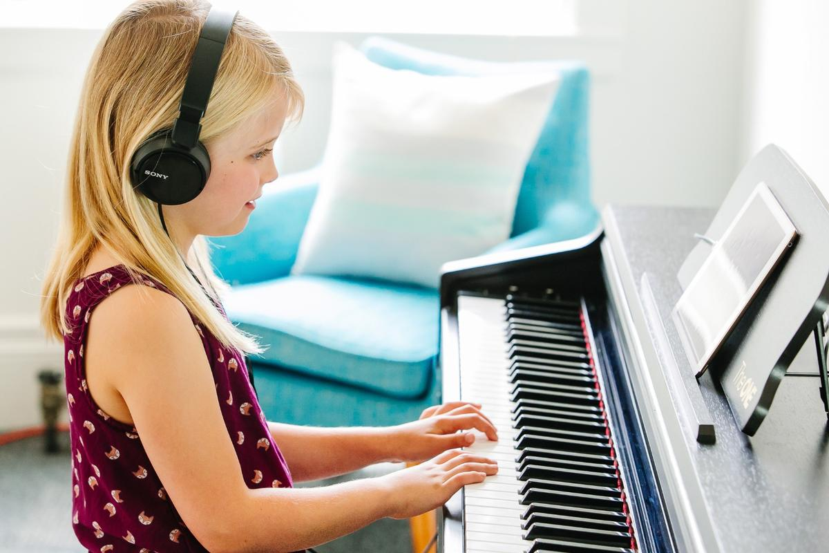 The One Smart Piano includes two headphone jacks for private practice