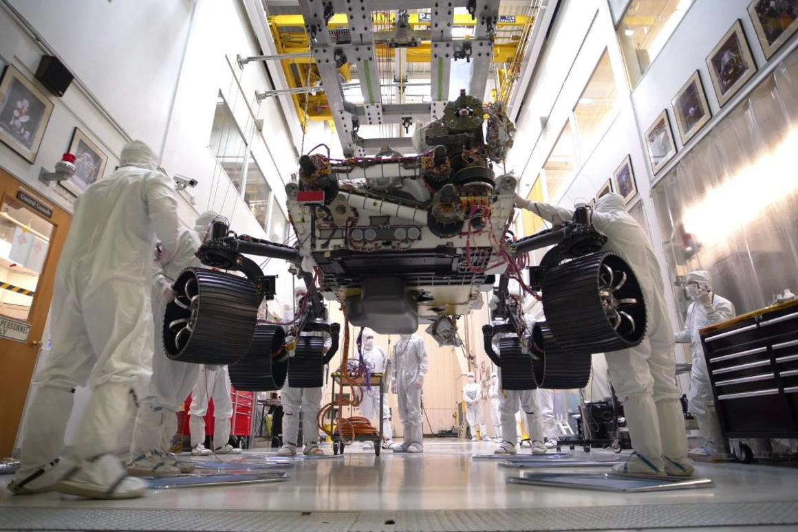 NASA engineers let the Mars 2020 rover carry its full weight on its legs and wheels for the first time