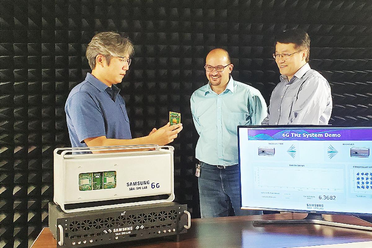 Samsung researchers Wonsuk Choi, Shadi Abu-Surra and Gary Xu, with the prototype 6G system
