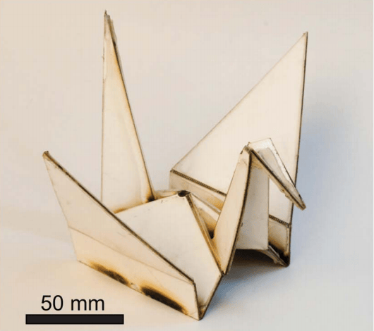 Self-assembling crane