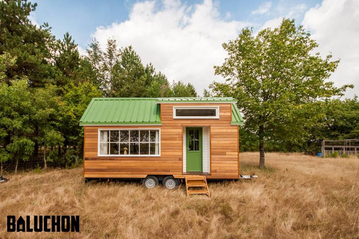 La Bohème tiny house is based on a double axle trailer and measures just 6 m (19.6 ft)-long