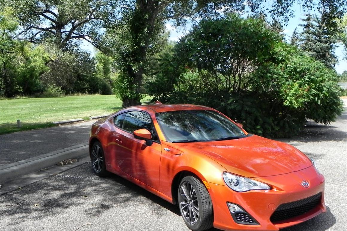 For a certain segment of entry-level sports car buyers, the 2016 Scion FR-S is a perfect fit