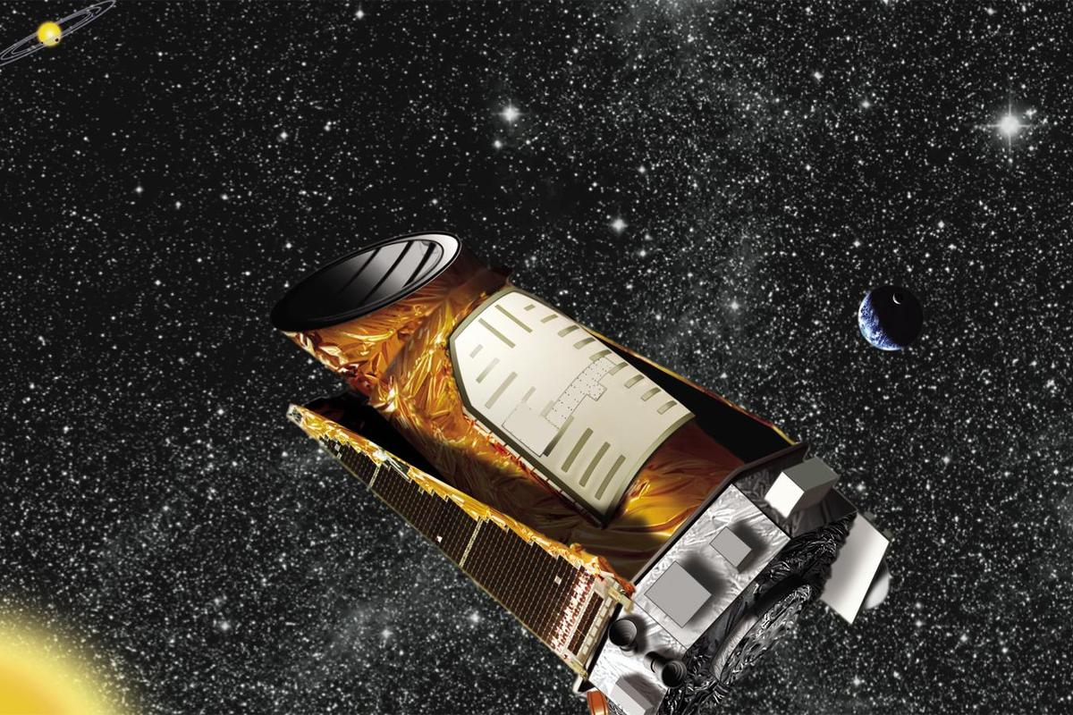 The Kepler spacecraft could still hunt planets using gravity miscrolensing ( Image: NASA)