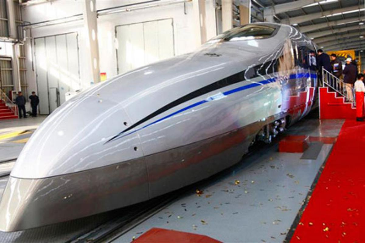 China's latest experimental train is 200 km/h than bullet trains running in the country now (Photo: CSR)