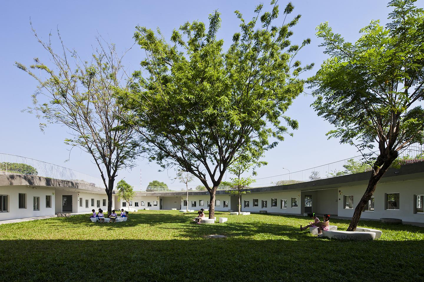 The Farming Kindergarten measures 3,800 sq m (40,902 sq ft) (Photo: Hiroyuki Oki)