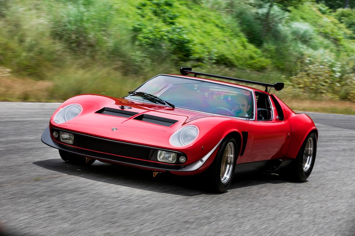 That dramatic front spoiler gives the SVRa bit of a wry smile