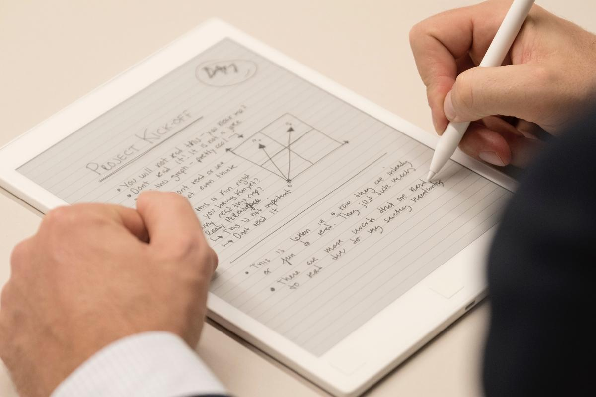 The reMarkable paper tablet, now available for pre-order, is like a high-end e-reader and drawing tablet rolled into one