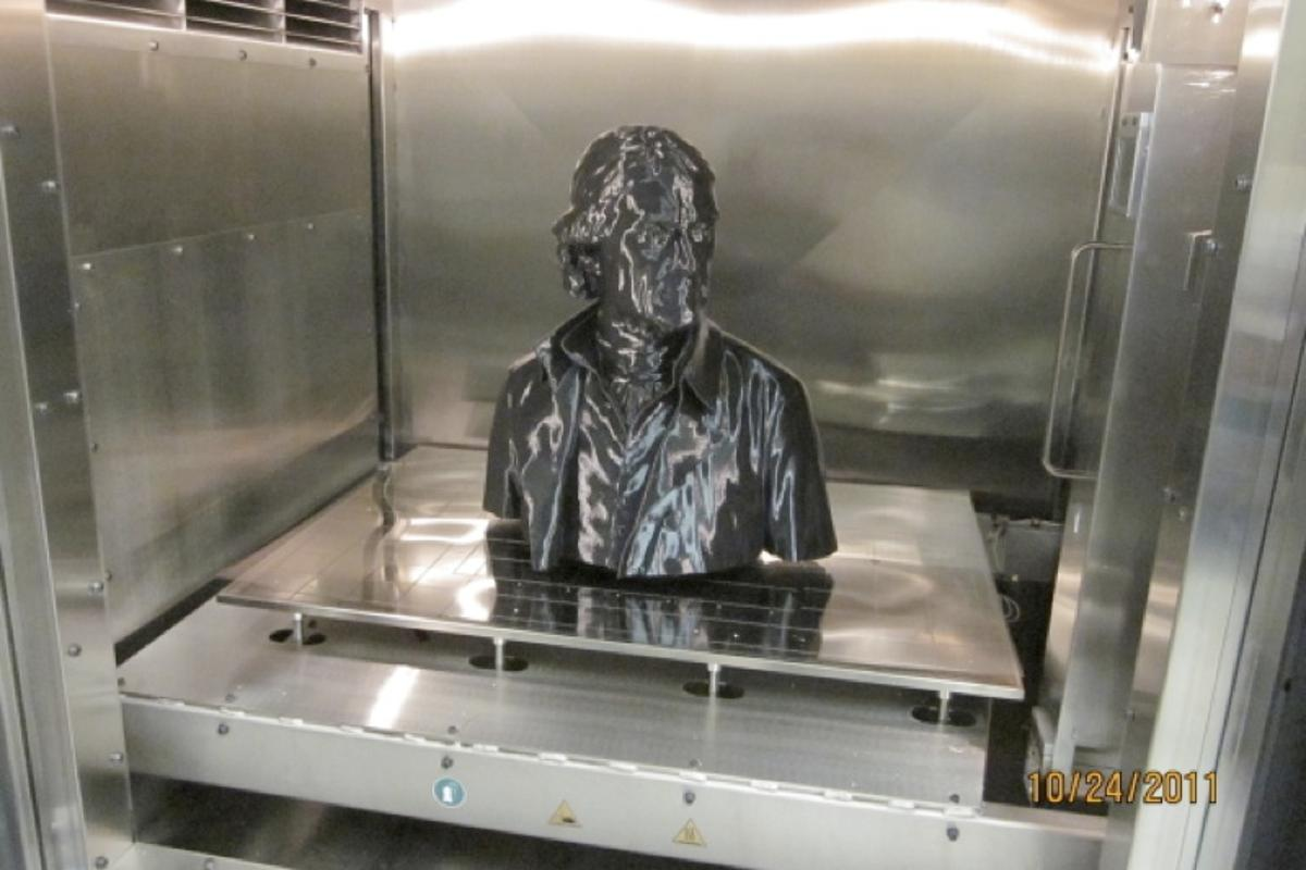 Top half of 3D printed Thomas Jefferson statue (Photo: RedEye on Demand/Smithsonian/StudioEIS)