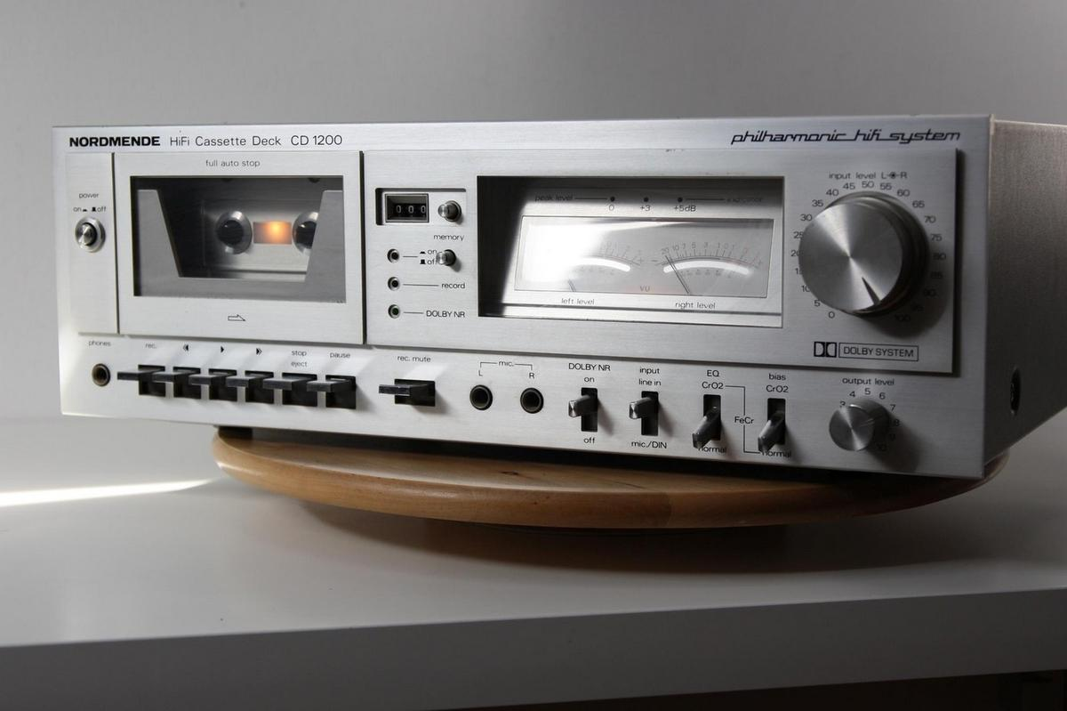 The original Nordmende CD 1200 audio cassette deck from the late 1970s/early 80s