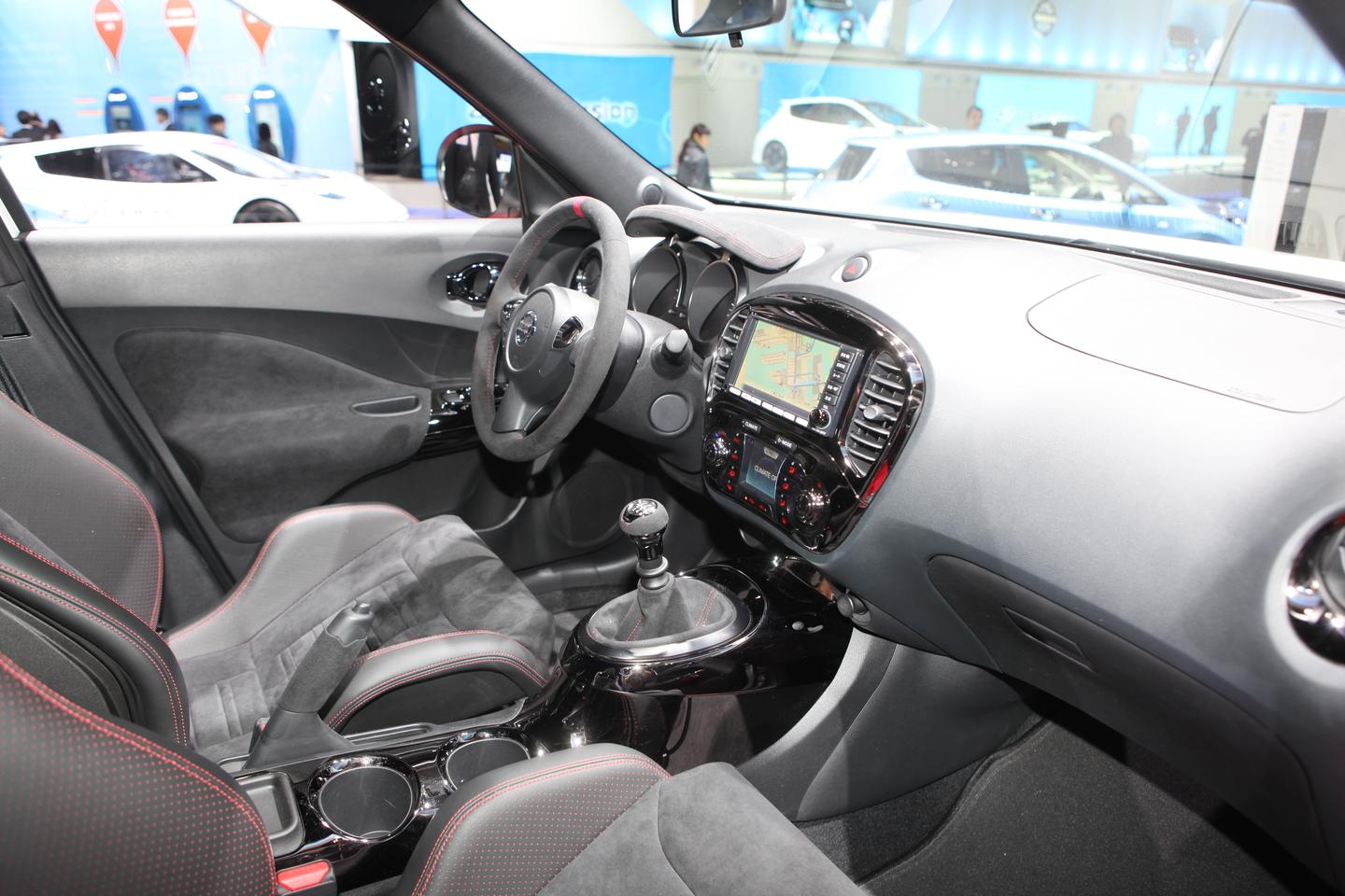 The interior of the JUKE-R