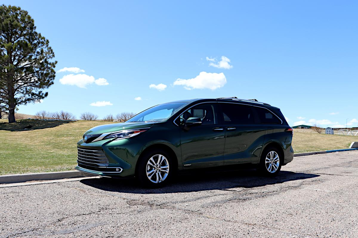 The 2021 Sienna knows what it is, and isn't shy about it
