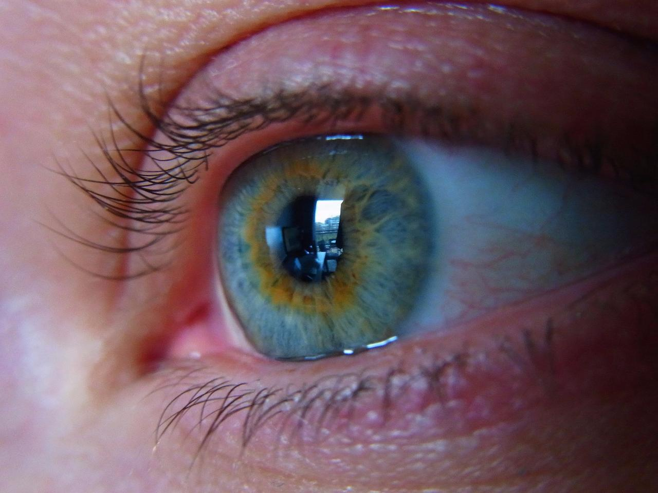 """The technology incorporates""""molecular packets"""" which cling to the tear film that covers the eye"""