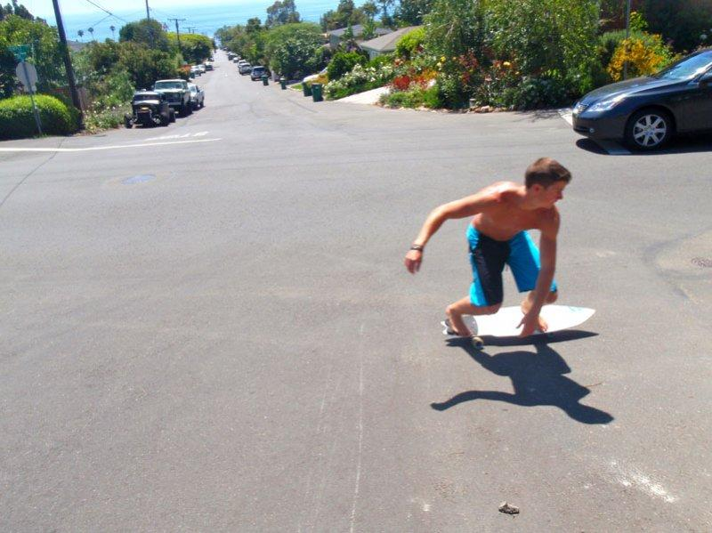 SurfSkate allows for quick turning