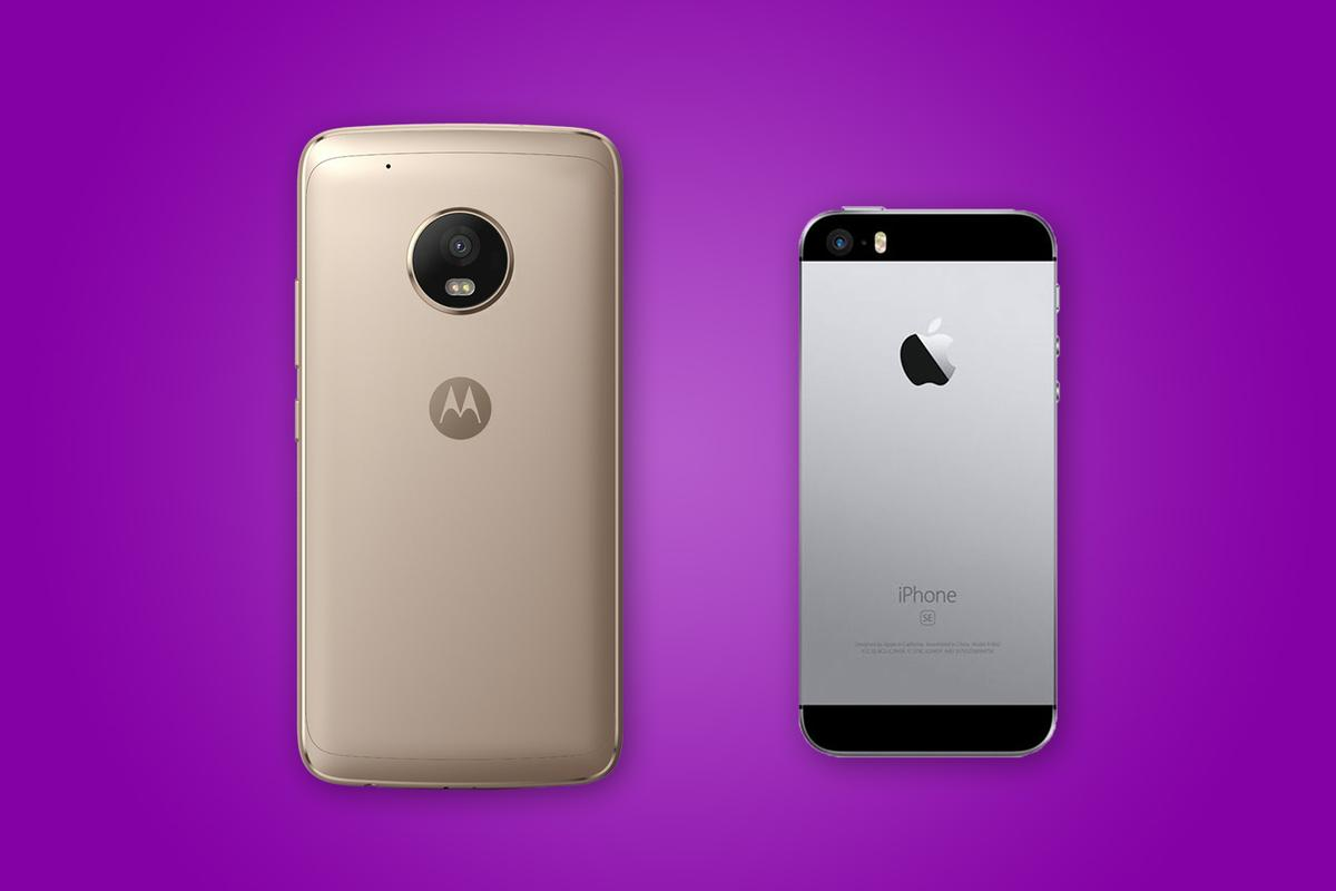 New Atlas compares the features and specs of the Moto G5 Plus (left) and Apple iPhone SE