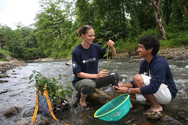 "Earthwatch's ""Climate Change in Tropical Rainforests"" expedition (Photo: Zoe Gamble)"