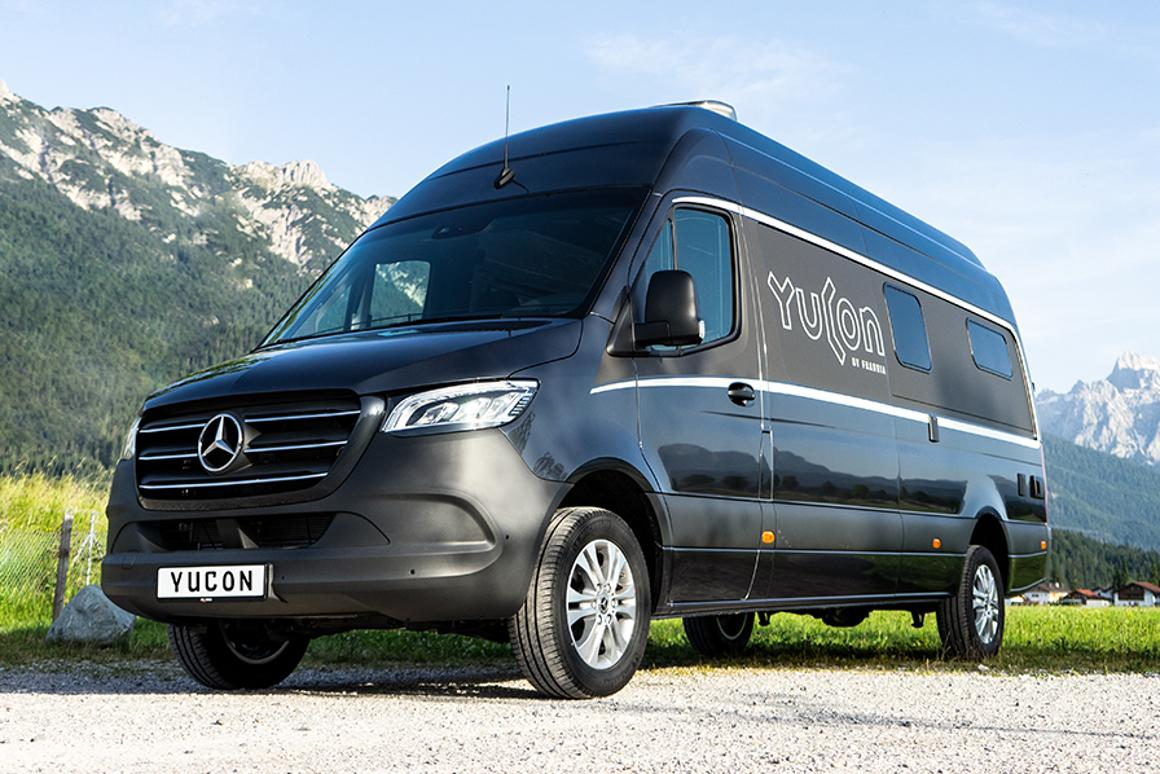 Mercedes Van Camper >> Mercedes Camper Van Blows Van Life Open With Spacious