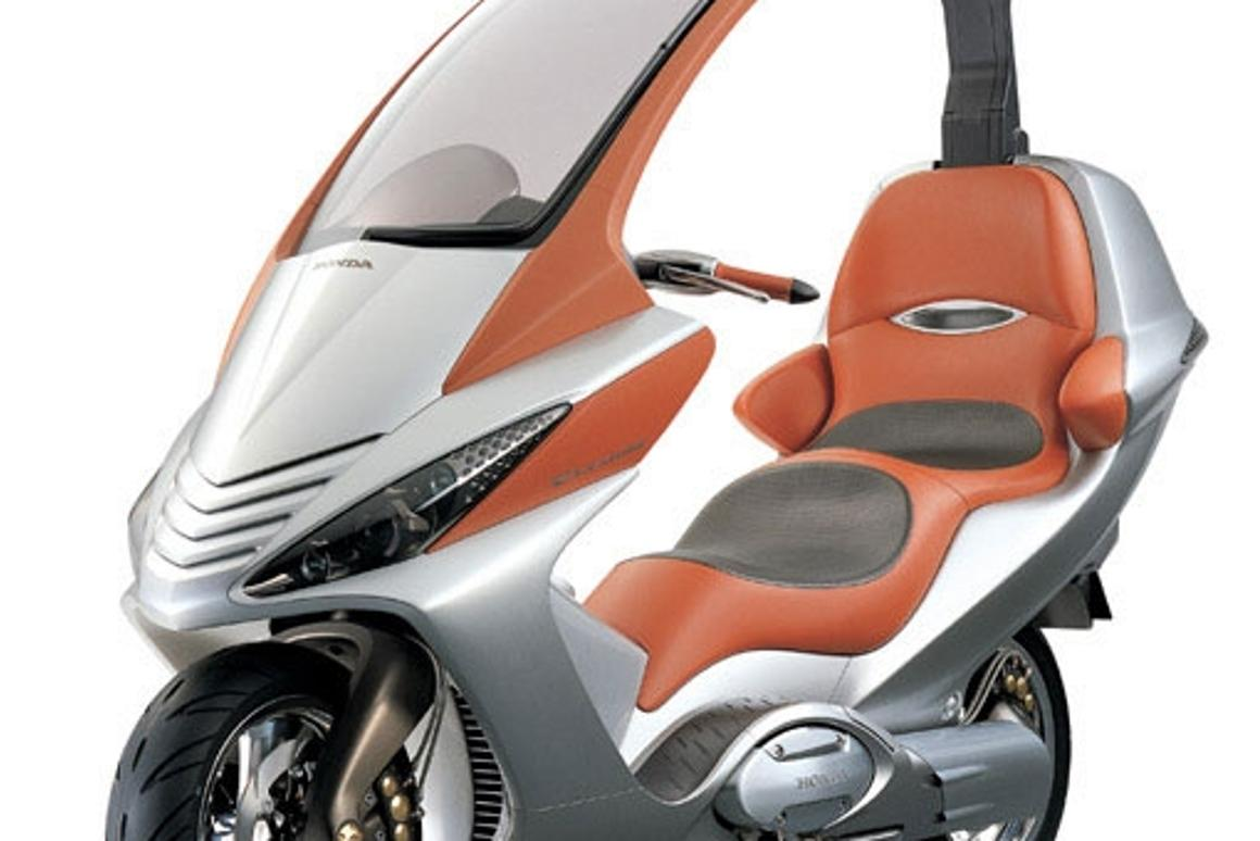 Honda's 750cc Elysium Concept used a CVT and ahad a retractable roof. The Elysium was shown at the 2001 Tokyo Motor Show