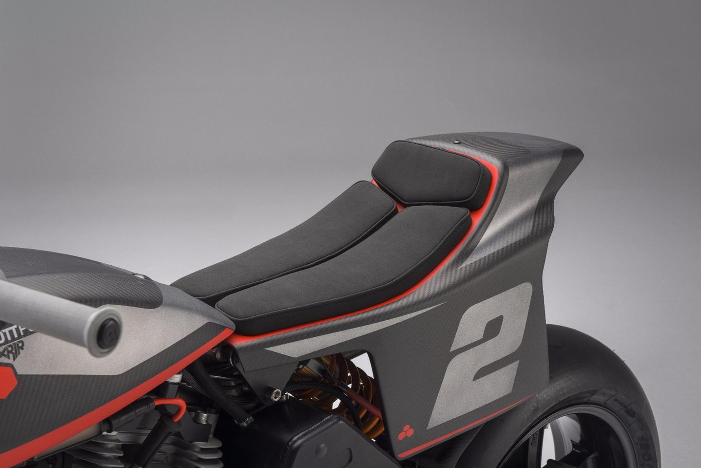 Bottpower XR1R: minimalist seat pad speaks to its track focus