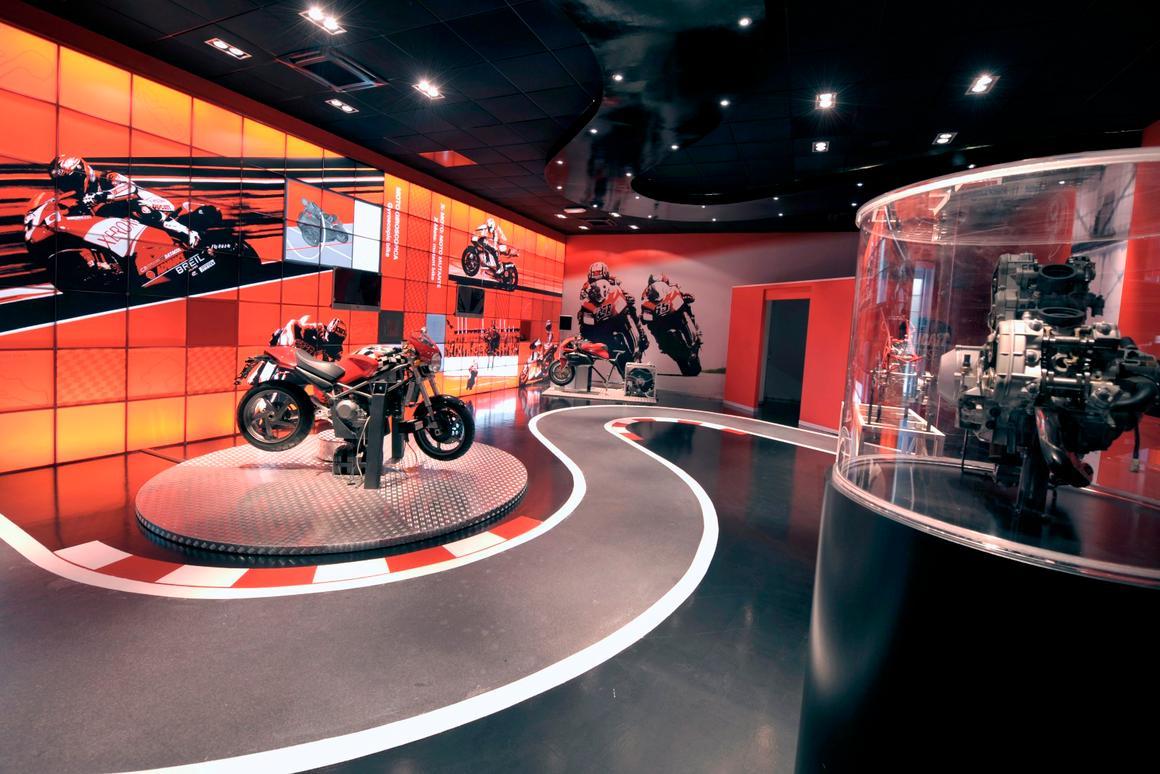 The final room of the Fisika in Moto is called the MotoGP of Physics and is decoratedaccordingly