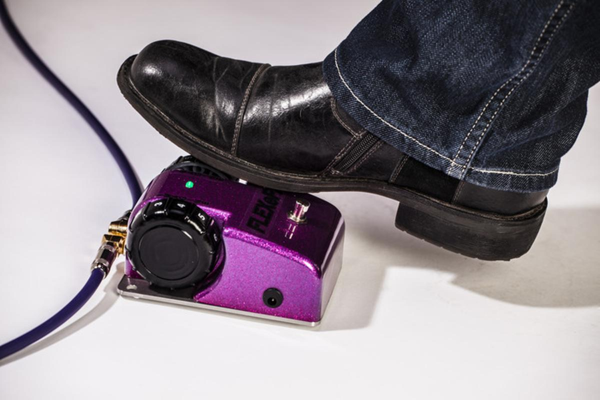 FLEXeFX allows guitarists to keep both hands on the instrument and change stompbox parameters with a foot