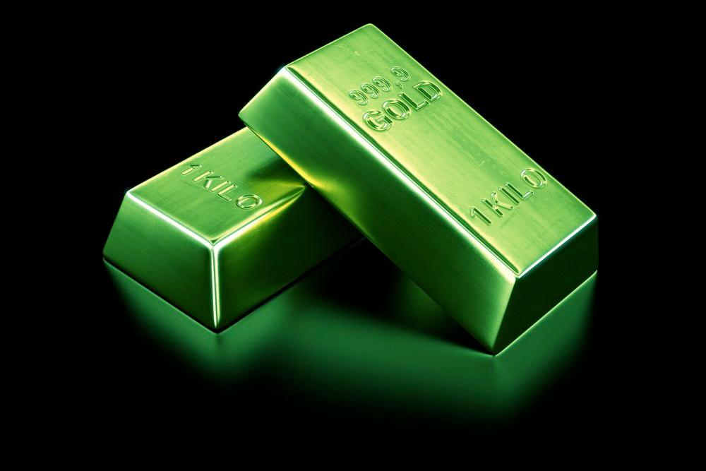 Scientists have developed a new process for changing the surface color of gold and other metals (Image: Shutterstock)
