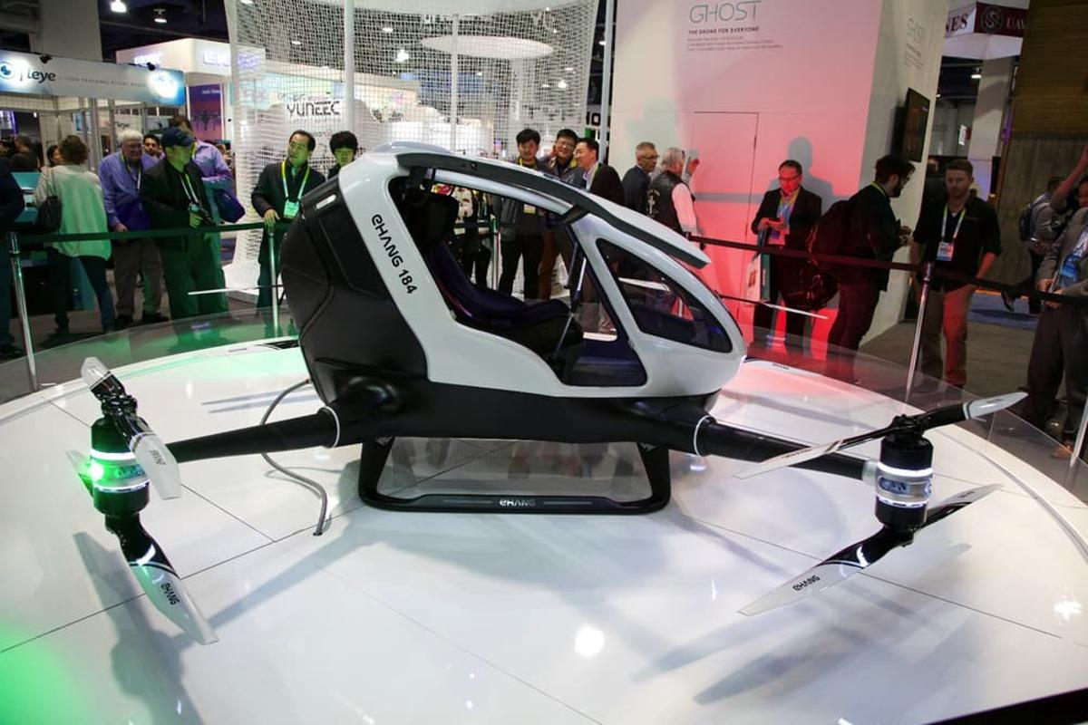 EHang is planning to adapt its EHang 184 aircraft to autonomously deliver human organs in a partnership with Lung Biotechnology PBC