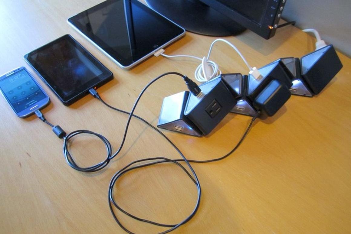 TwistVolt with multiple devices plugged in