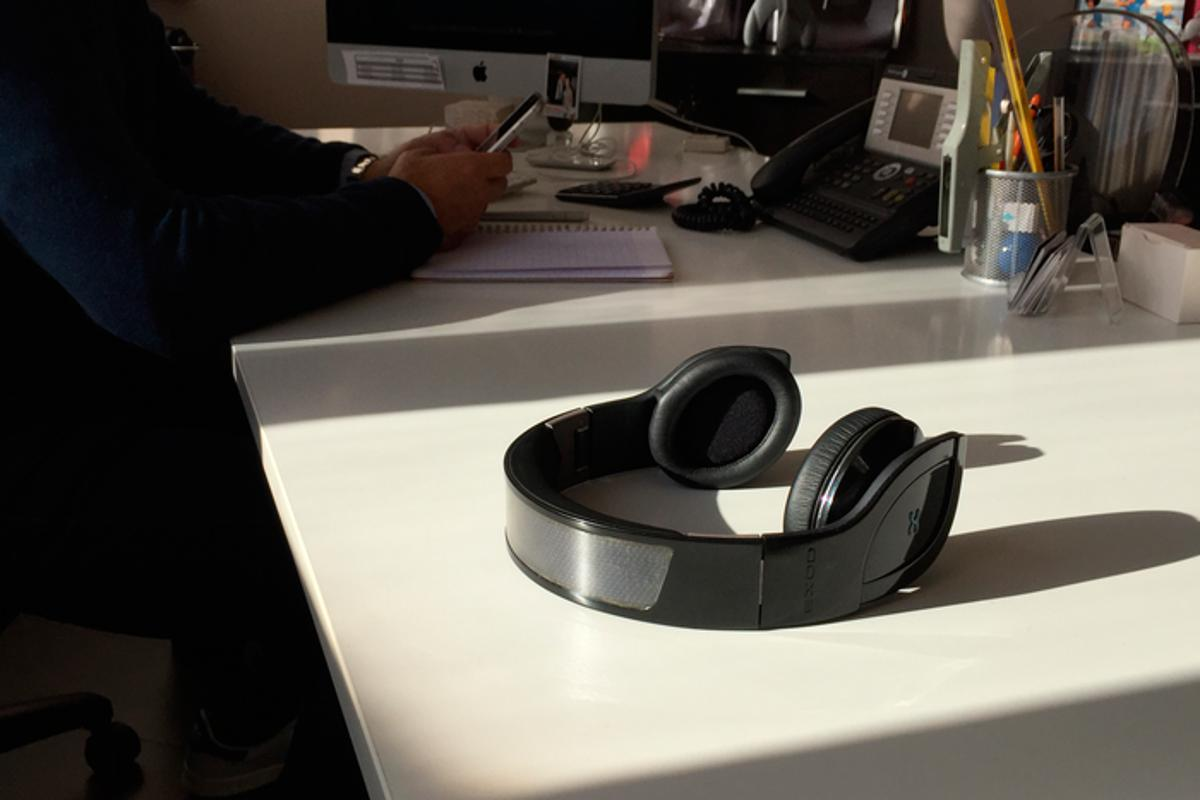 The Helios Bluetooth solar-powered headphones use a photovoltaic panel to draw on power from the Sun