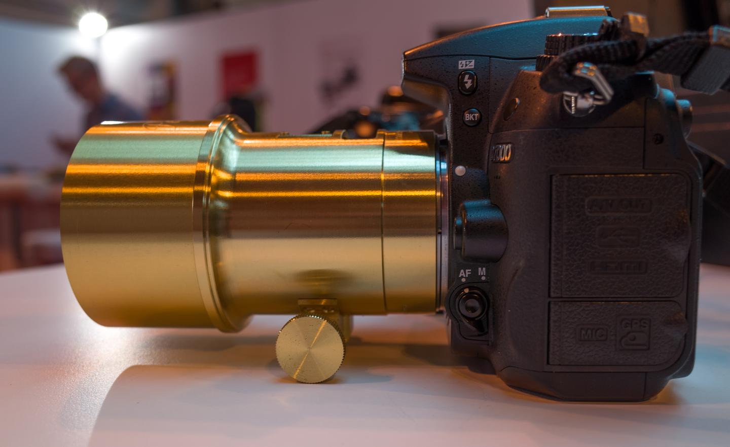 The large-headed screw towards the bottom of the Lomography New Petzval lens controls manual focus