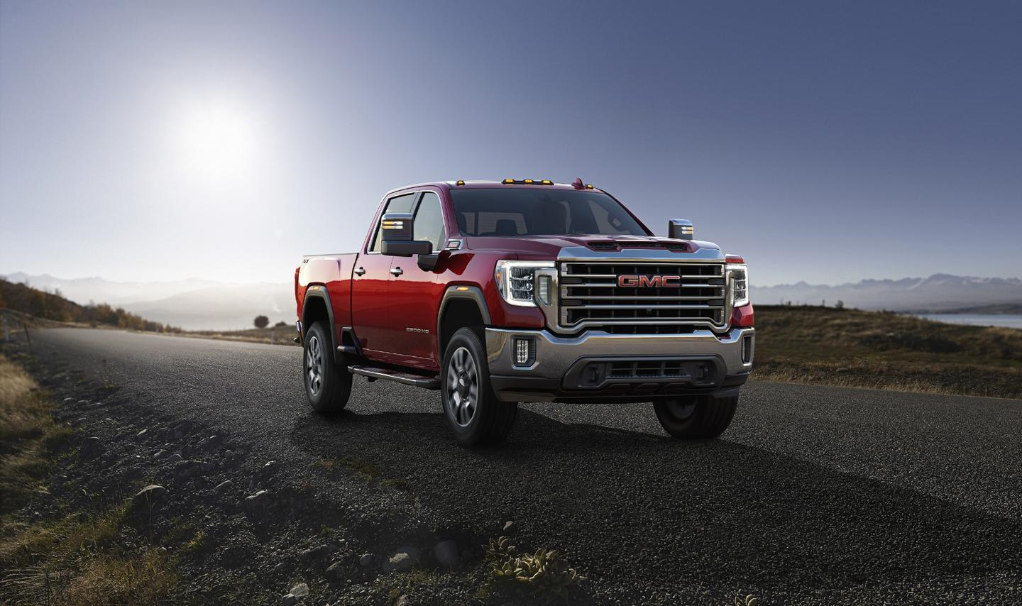 2020 GMC Sierra HD: incorporates transparent trailer tech