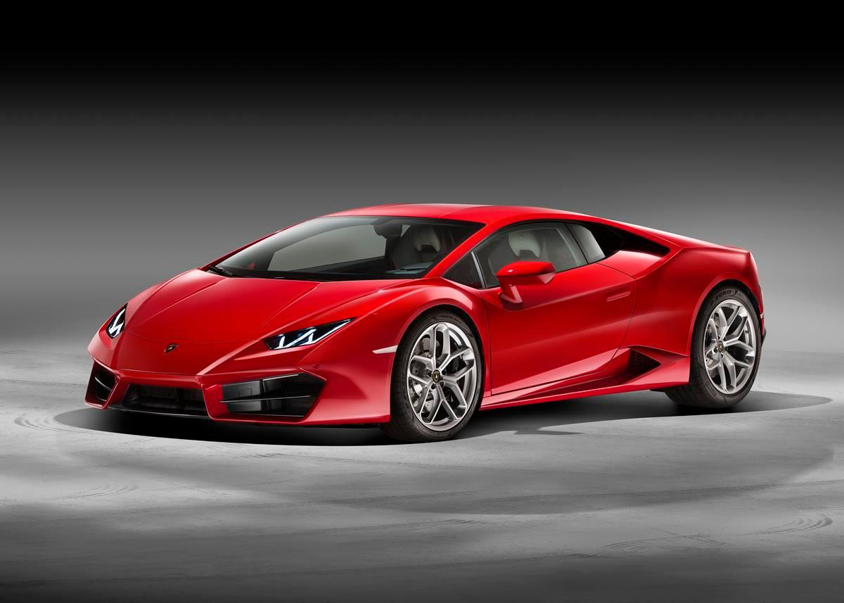 The new Lambo is powered by a naturally-aspirated V10 displacing 5.2 liters