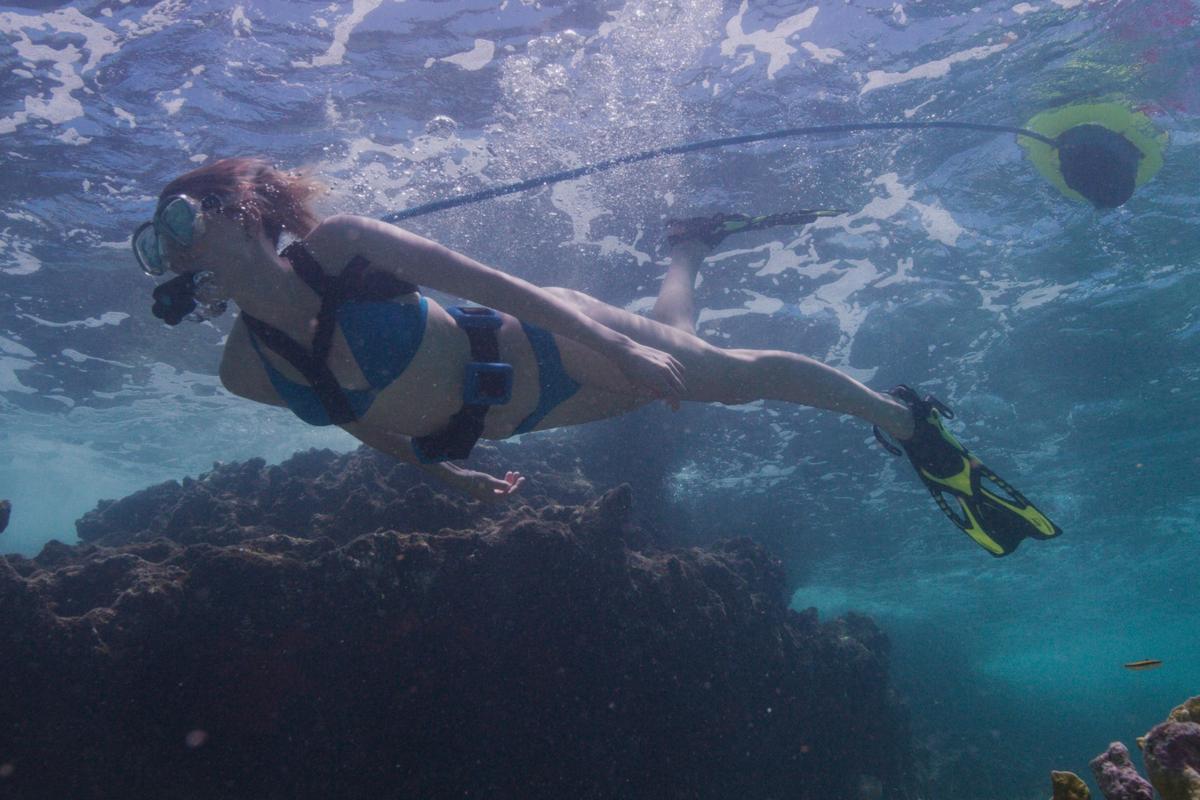 Blu3's Nemoallows you to venture10 feet (3 m) below the waves