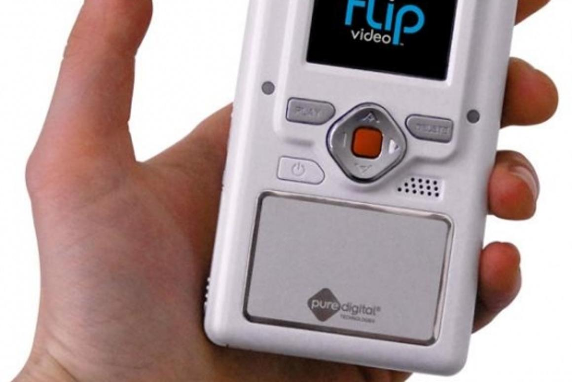 Flip video camcorder uploads your movies straight to YouTube