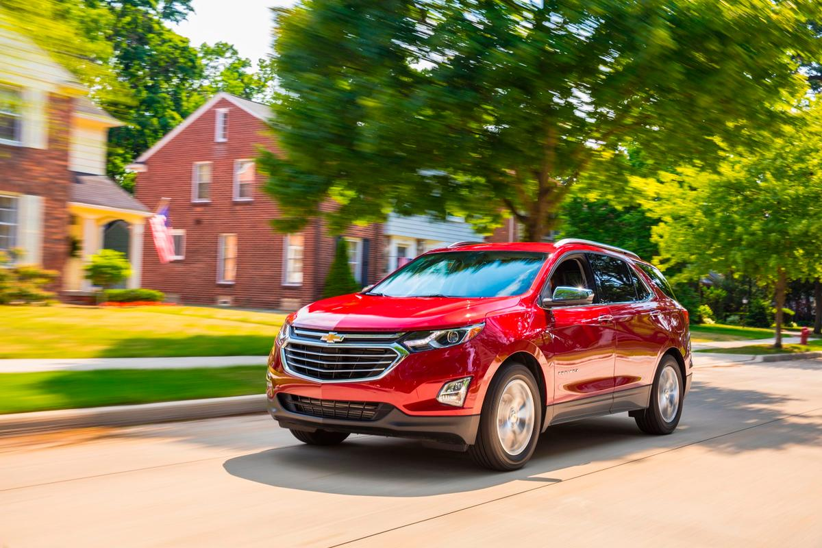 The Equinox as a whole sees a full redesign for the 2018 model year, shedding about ten percent of its body weight versus the 2017 model year
