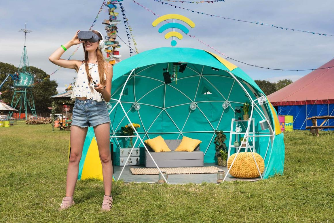 The 4GEE Smart Tent will be pitched at the Glastonbury Festival this weekend, fitted out with all manner of high-tech luxuries