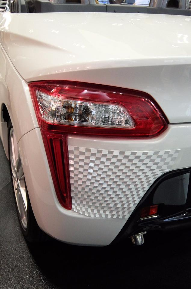 """Rear view of the """"Effects skin"""" Daihatsu Copen. Here we can see the 3D pattern on the rear bumper"""