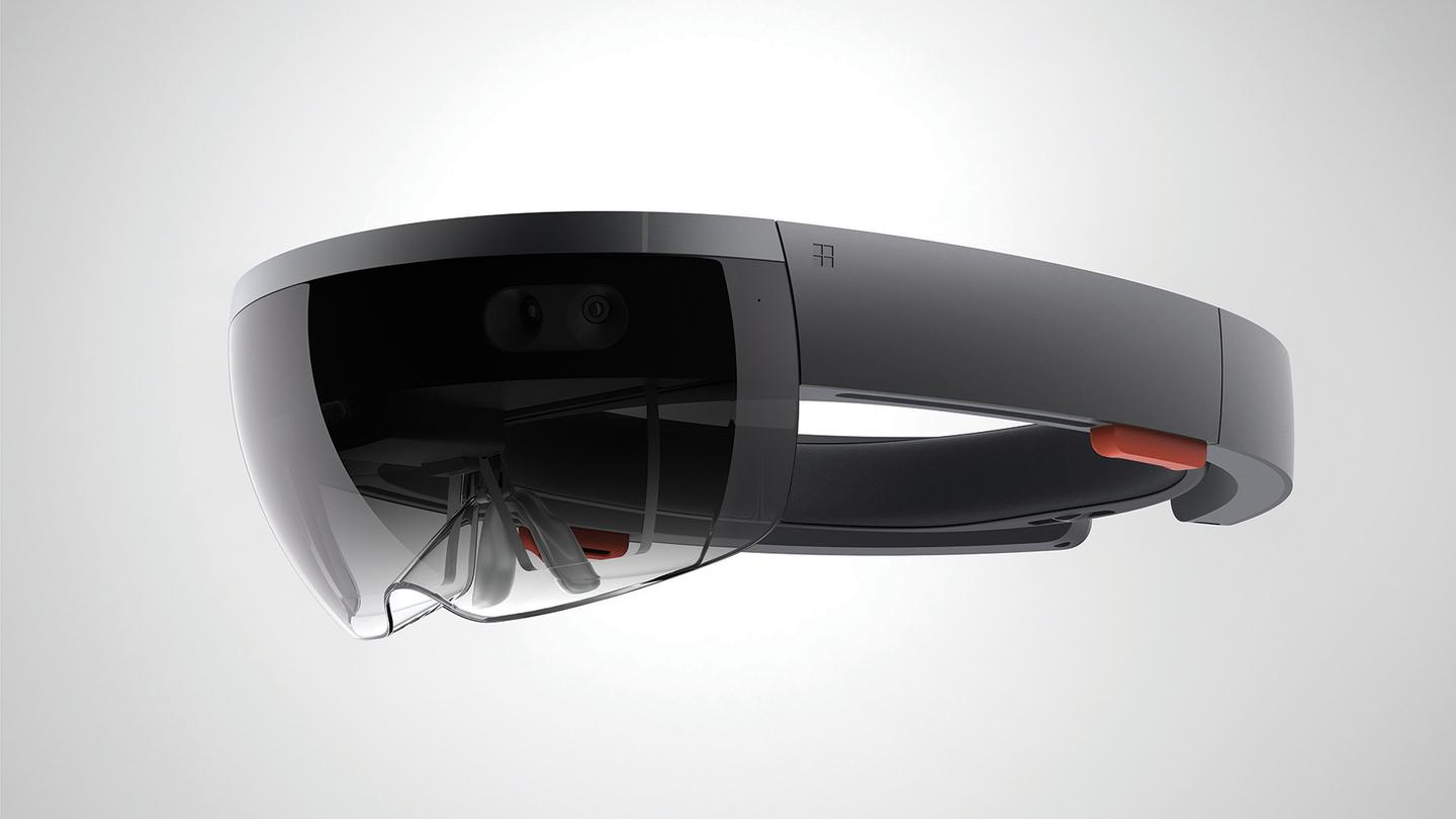 Microsoft HoloLens, now going global