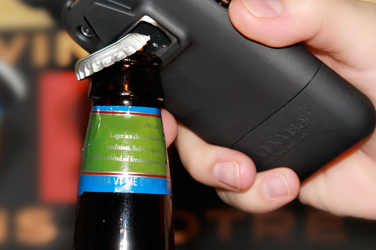 Be HeadCase is a bottle opener-equipped iPhone case, that comes with an app that keeps count of how many bottles you've opened